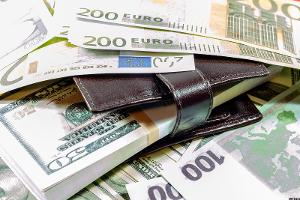 Why Isn't the Value of the Dollar Appreciating Against the Euro?