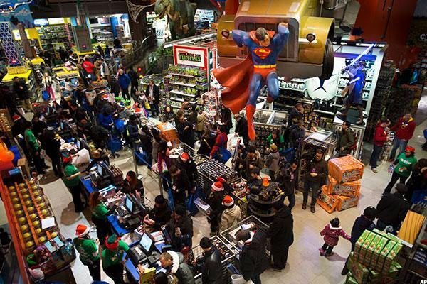 Walmart Toys For 10 And Up : Toys r us still a player despite brutal competition from