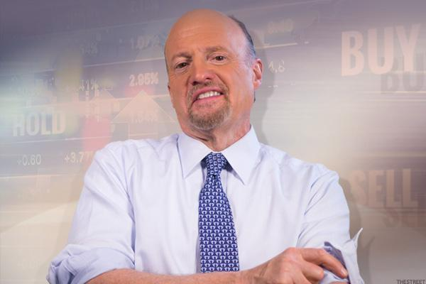 Jim Cramer -- Curry's Under Armour Shoe Will Be Hot, if Warriors Sweep