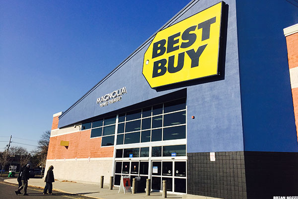 best buy bby stock gains ahead of next week s q1 results thestreet. Black Bedroom Furniture Sets. Home Design Ideas