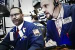 Stocks Lower as Wall Street Grapples With Growth Concerns