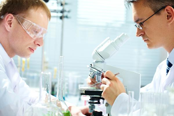 3 Biotech Stocks Under $10 to Trade for Big Gains
