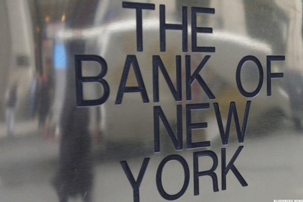 Bank of NY Mellon Names Former Visa Head Charles Scharf New CEO