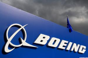 In the Boeing-Trump Dustup, Bet on ... Boeing