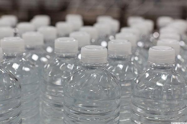 Goodbye, Coke and Pepsi: As Bottled Water Batters 'Big Soda,' This One Stock Will Gain