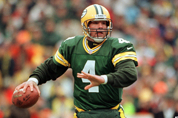 10 Wealthiest Super Bowl Quarterbacks Of All Time Thestreet