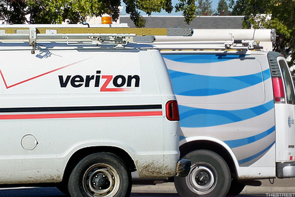Verizon and AT&T Show Silver Linings Despite Recent Underperformance