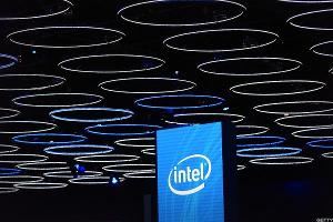 Intel's Post-Earnings Surge Hits Heavy Resistance - Here's Where to Buy It