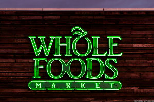Whole Foods Reports Q3 Earnings Beat, Same-Store Sales Drop Narrower Than Expected