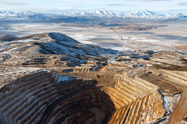 Barrick Gold Makes Formal $18 Billion All-Share Bid for Rival Newmont Mining