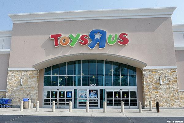 Toys 'R' Us Debt Load Tips It Into Chapter 11