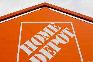 Home Depot Posts Strong Earnings but Sees Lumber Prices, Tariffs Affecting Sales