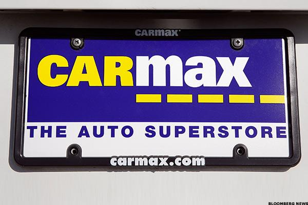 CarMax First-Quarter Earnings Fall on Higher Expenses