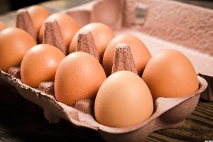Cal-Maine Foods Gets Scrambled as Earnings Fall on Oversupply of Eggs