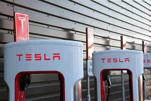 Tesla's Upside Battery Has Plenty of Charge Left