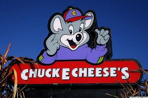 Could Chuck E. Cheese Buck the Restaurant Trend?