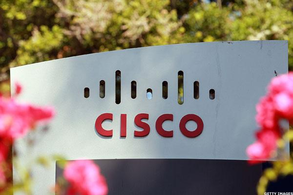 Cisco's Trump Overhang Lifts in the Fourth Quarter