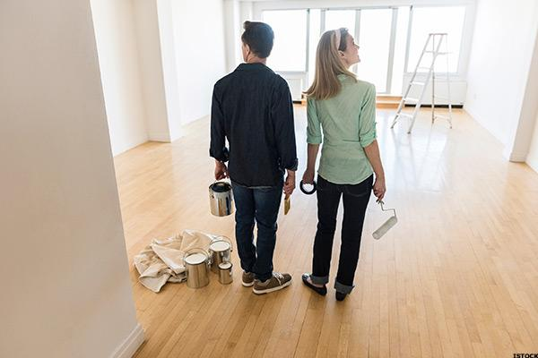 Flooring Market Grows Along With Housing Market -- Armstrong CEO