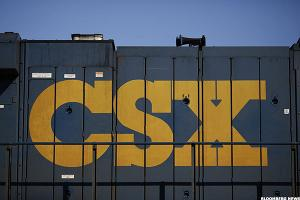 Railroad Vet Teams With Activist to Target CSX