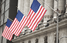 Indexes Hold Onto Week's Gains