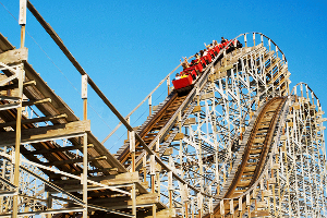 Six Flags or Cedar Fair: Which Stock Will Provide a Better Ride for Investors?