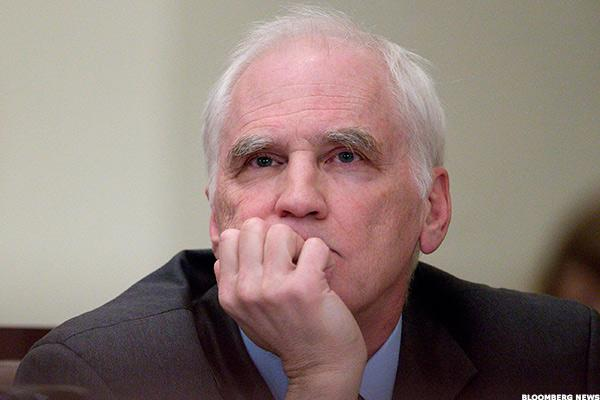 Fed's Tarullo Eyes Tougher Rules for Short-Term Bank Funding