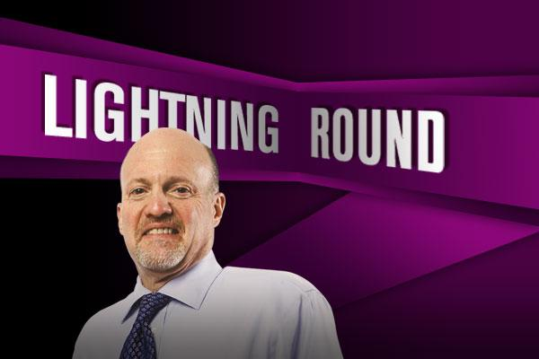 'Mad Money Lightning Round: Jim Cramer Warms Up to BlackRock, Chesapeake Energy