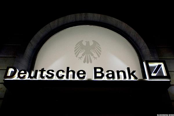 Traders Discuss Responses to Deutsche Bank Decline