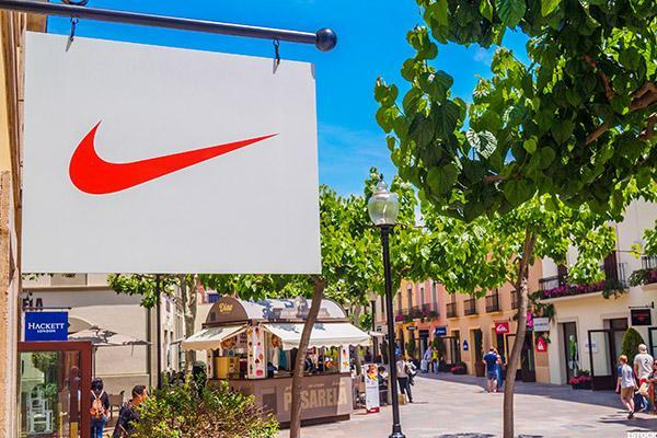 Jim Cramer Is Cautious on Nike Heading Into Earnings