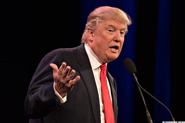 Donald Trump Strikes Back at Univision to Broadcast Miss USA Pageant