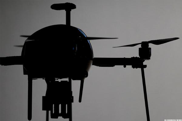 Walmart Finding Clever New Ways to Slash Costs, From Drones to Robots