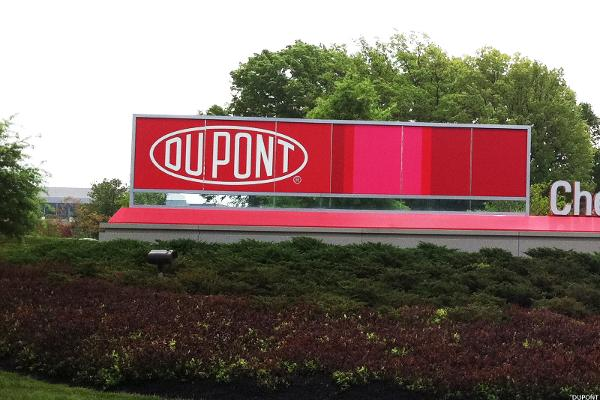 Materials Shakeup: How to Trade DuPont, Dow Chemical, Monsanto, and Jim Cramer's View