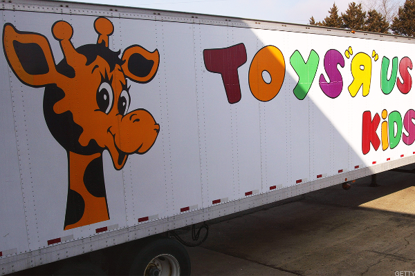 Toys 'R' Us Liquidation Reveals a Dangerous Trend Forming in U.S. Retailing