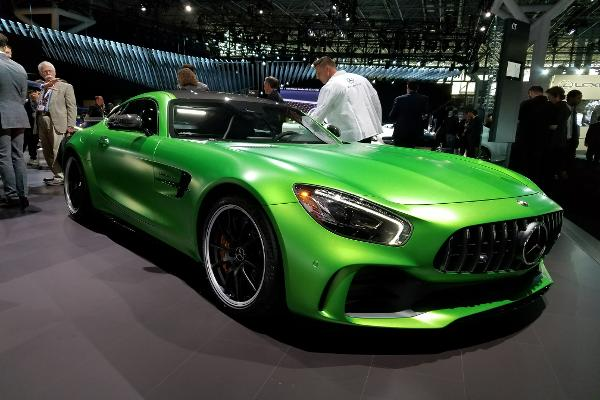 Mercedes Badly Wants to You to Own One of These AMG Super High Performance Luxury Cars
