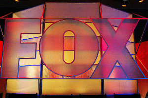 Fox Shares Edge Higher on Buy Rating From Goldman Sachs
