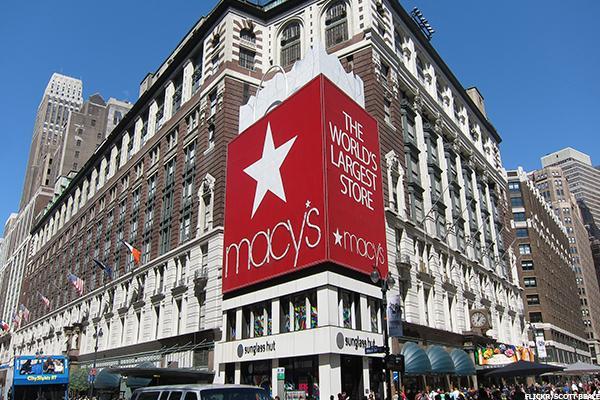 Store Closures a Big Positive for Macy's, Bad News for Off-Price Retailers, Gap