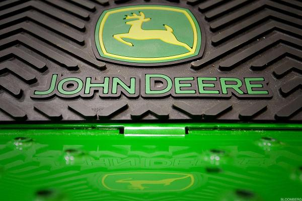 Deere & Co Misses Q1 Earnings Estimate, Remains 'Cautiously Optimistic' For 2019