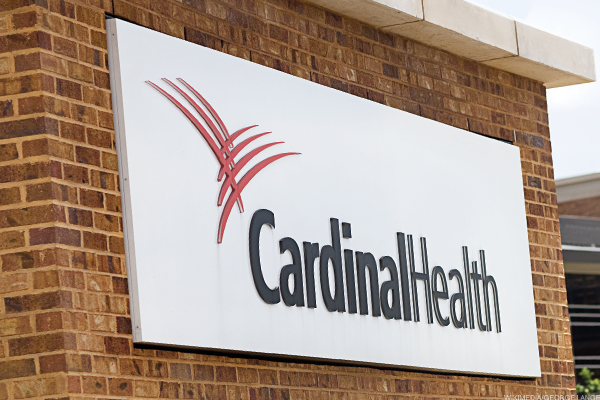 Cardinal Health Stock Tanks on Guidance Cut, Buys Medtronic Medical Supplies Units