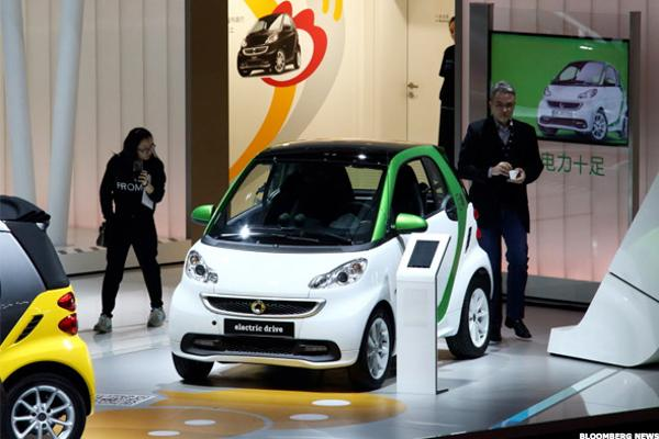 Electric Car Segment Takes Off in China, Spurred by Government Subsidies