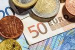Loomis Long U.S. Dollar, Sees Limited Opportunities in Eurozone Bonds