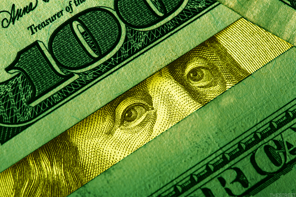 U.S. Dollar on the Edge: What Does it Mean for Investors?