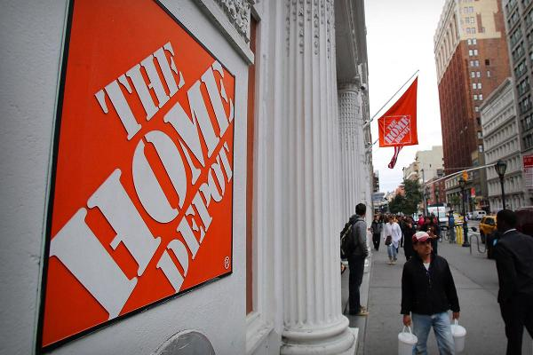 Home Depot and Lowe's Get Price Target Boosts From Oppenheimer