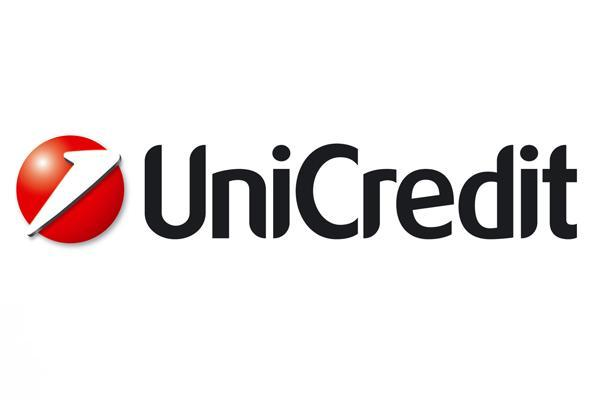 UniCredit Shifts $1 Billion Bad Loan Portfolio Amid Italian Banking Shakeup