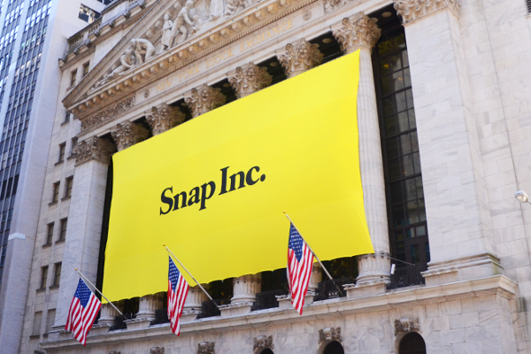 Snap Shines in Market Debut but Caterpillar Bulldozes Wall Street