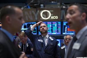 Stocks Hold Mixed as Microsoft Pushes Nasdaq to Session Highs