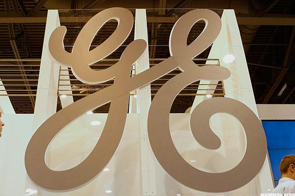 For GE's Growth Targets, $50 Crude and OPEC Deal Are Good Omens