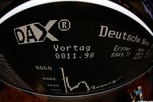 European Stocks Rise as Earnings, German Economic Strength, Boost Sentiment