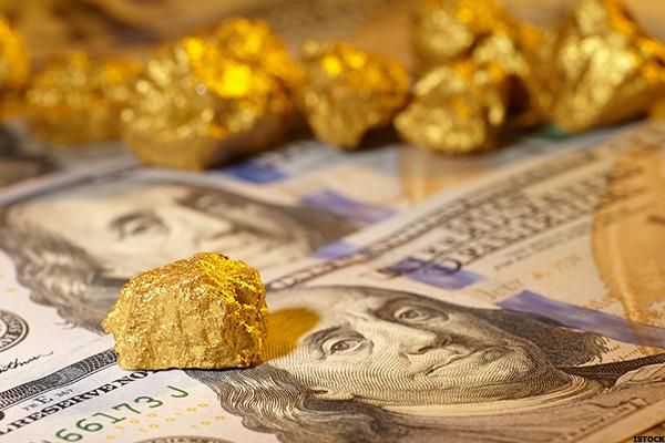 New Gold (NGD) Stock Slumps as Gold Prices Fall