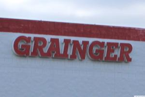 W.W. Grainger Delivers Dividend Growth in an Improbable Industry