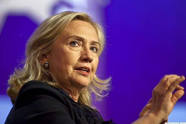 Hillary Clinton's Top 3 Proposals for the Economy